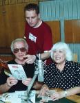 Мария Мицева при завръщането си в България през 2003 г. със съпруга си Михран Вартан и радио журналиста Здравко Петров